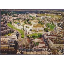 Caen, l'église Saint-Pierre...