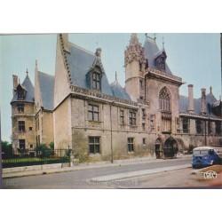 Bourges, le Palais Jacques...