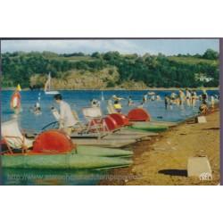 Le lac d'Eguzon, plage de...