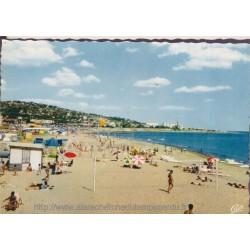 Sète, la plage du Lazaret -...