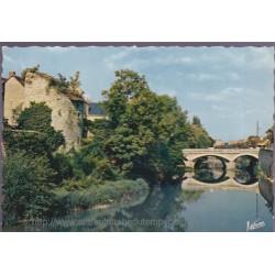 Vendôme, le Loir au pont...