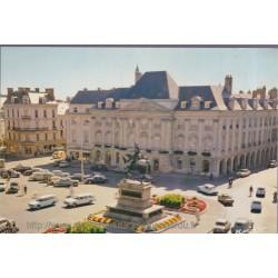 Orléans, place du Martroi -...