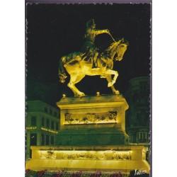 Orléans, la statue...