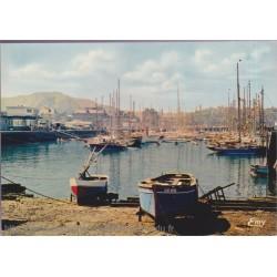 Cherbourg, le bassin des...