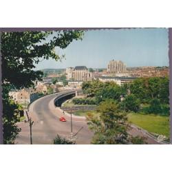 Beauvais, le pont-route et...