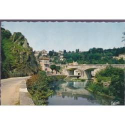 Avallon, la vallée du...